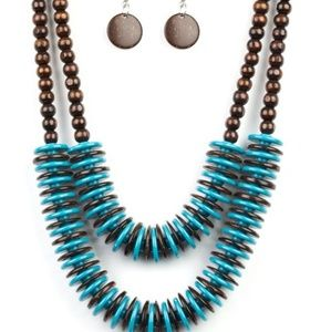 blue & brown necklace